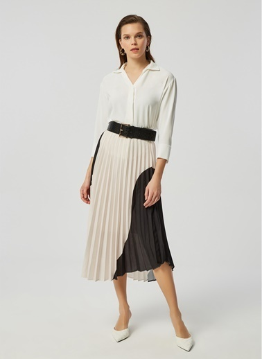 Monamoda Önü Pilikaşe Detaylı Loose Fit Crep Şifon Bluz Beyaz